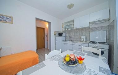 Apartments Lada
