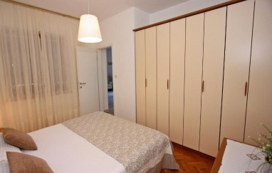 Apartments Irena